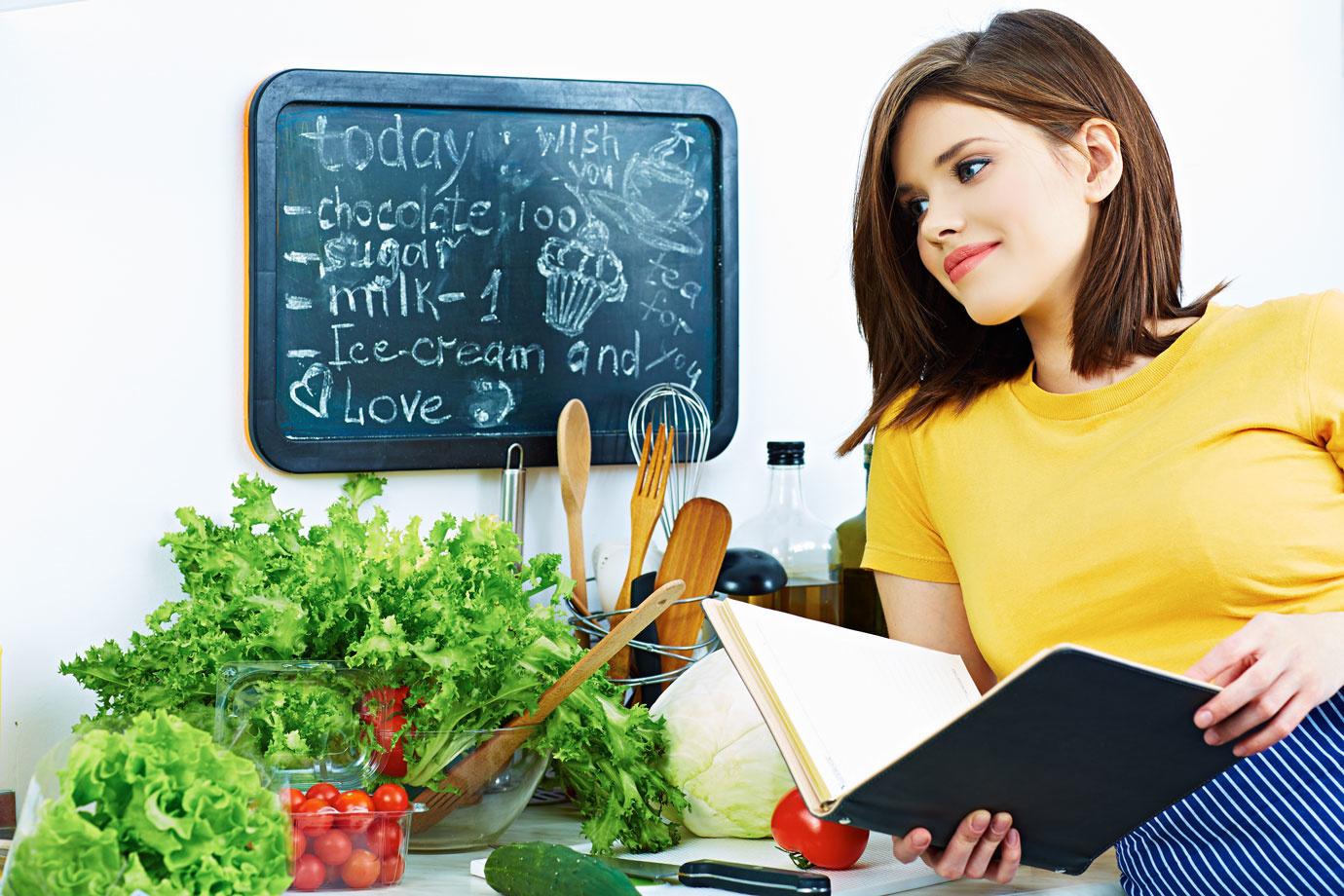 玉ねぎ・じゃがいもは冷蔵庫NG?!冷蔵庫に「入れるべきもの」「入れるべきでないもの」13選