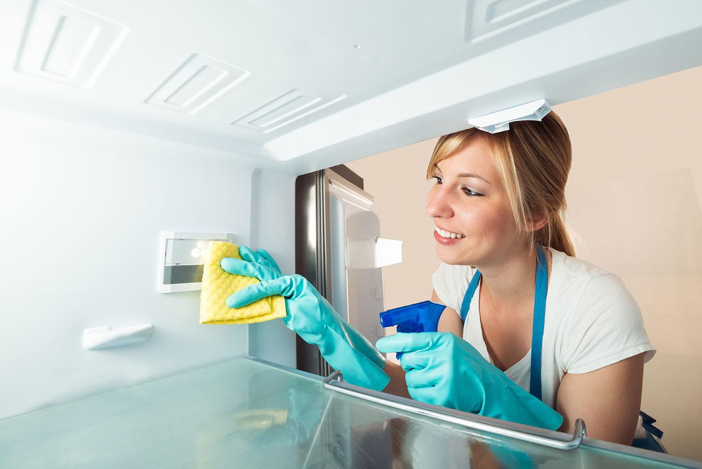 無水エタノールはしつこい油汚れやカビ落としに効果的!掃除に活用する方法5個