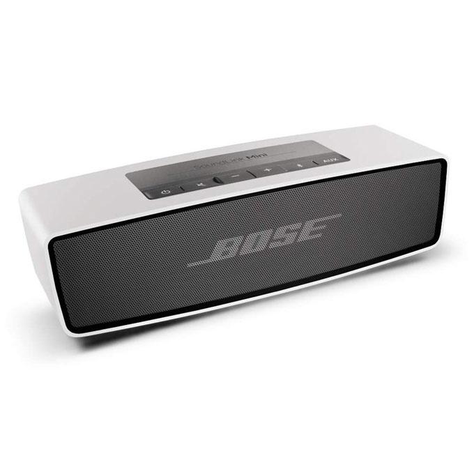 BOSE SoundLink Mini Bluetooth speaker  コードの煩わしさから解放!一人暮らしにあると便利なワイヤレス機器5選