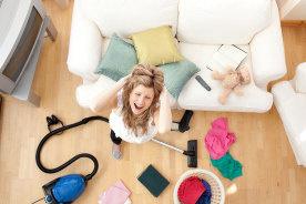 掃除が苦手で部屋が散らかりっぱなし…片付けができない人の5個の共通点