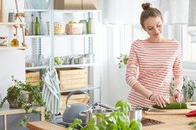 これから初めて一人暮らしをするという方必見!必ず揃えておきたい食器・調理器具17個と選び方
