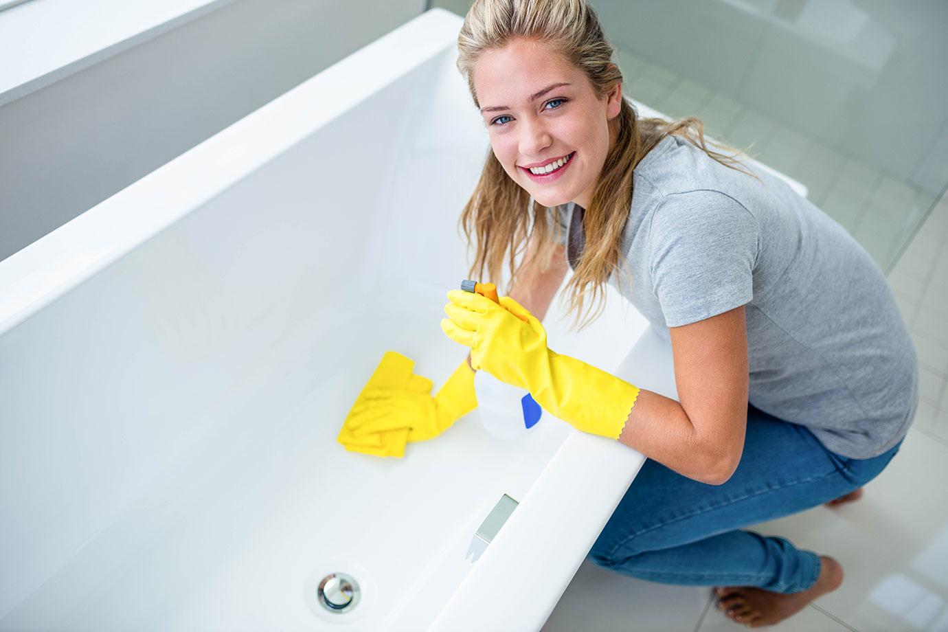 使わないと時間を無駄にする!風呂掃除を時短できる便利な掃除グッズ6選