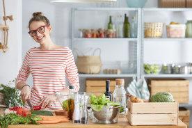 こんな便利なキッチングッズが!一人暮らしの自炊を時短できる調理器具7選
