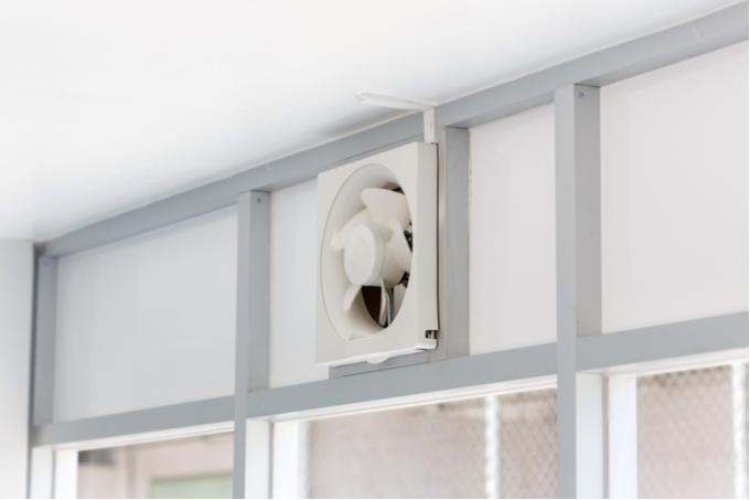 shutterstock 208706410 ワンルームでも簡単! 効率よく換気をする4つのポイント!